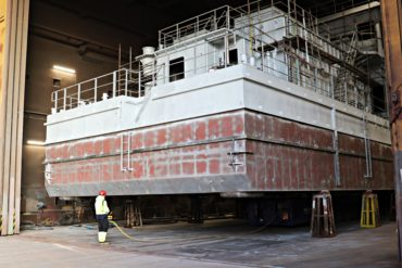 Transport of the NB-52 unit to the Szczecin Shipyard's painting chamber